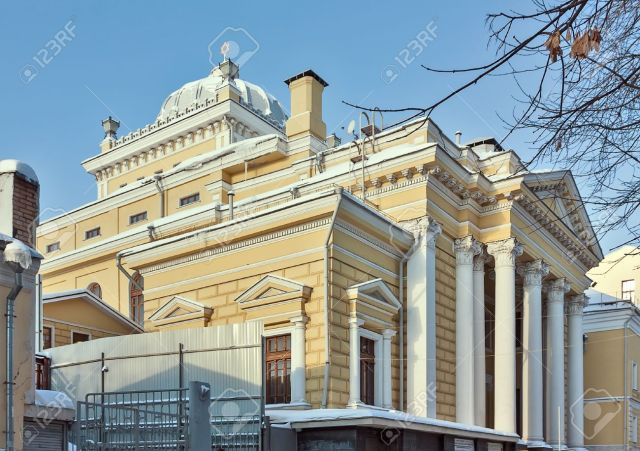 17668891-The-Moscow-Choral-Synagogue-is-the-main-synagogue-in-Russia-Stock-Photo